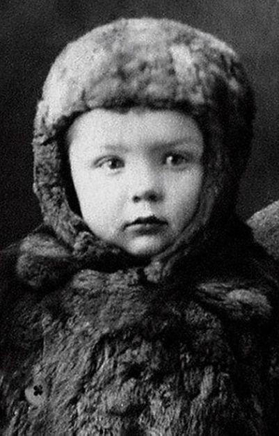 Олег Стриженов в детские годы фото