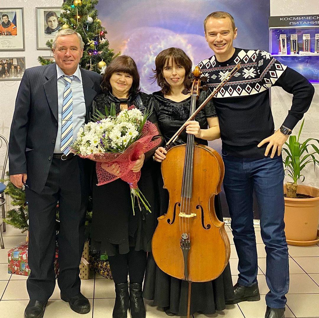 Владимир Якуба с родителями и сестрой