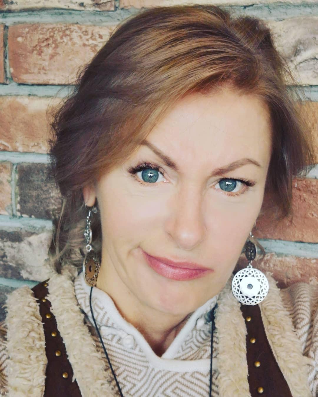 Фотограф и путешественница Светлана Казина, ее биография и семья.