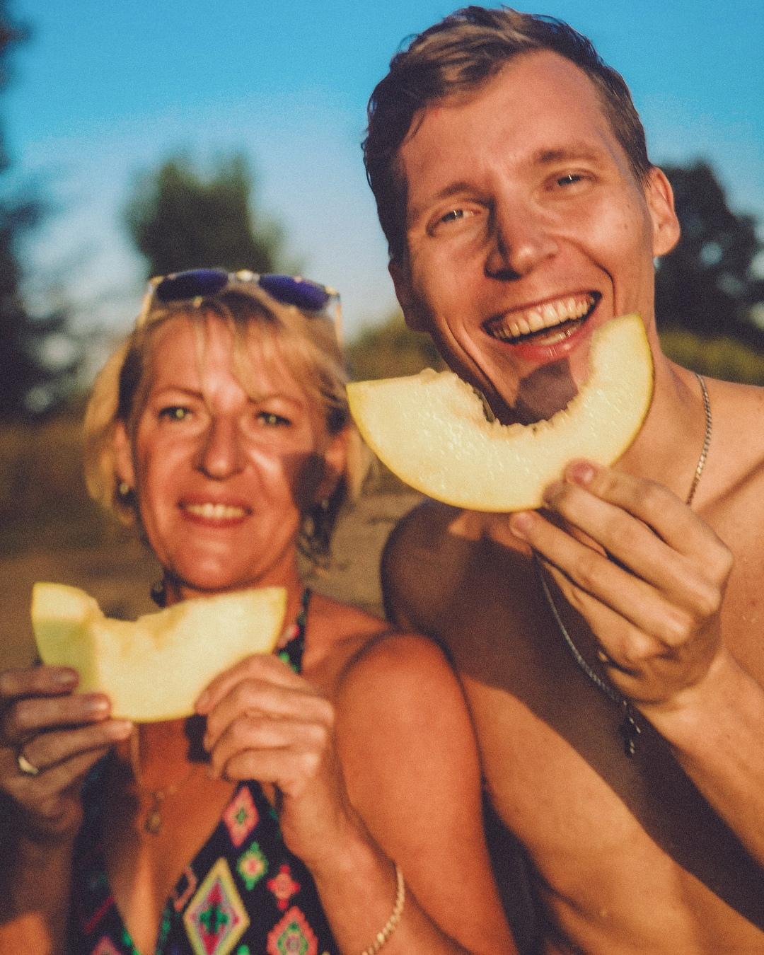 Олег Солнцев с мамой