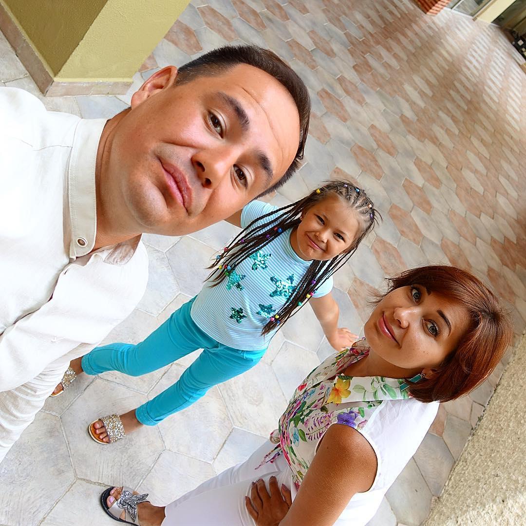 Ильшат Яппаров с женой и дочерью
