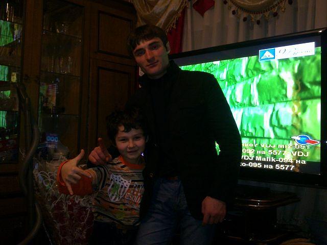 Артур Текеев с братом