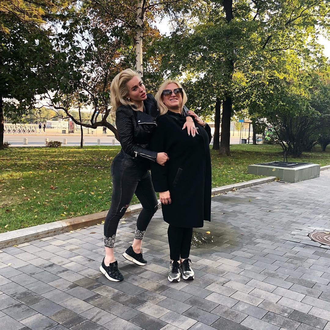 Мария Капшукова с мамой