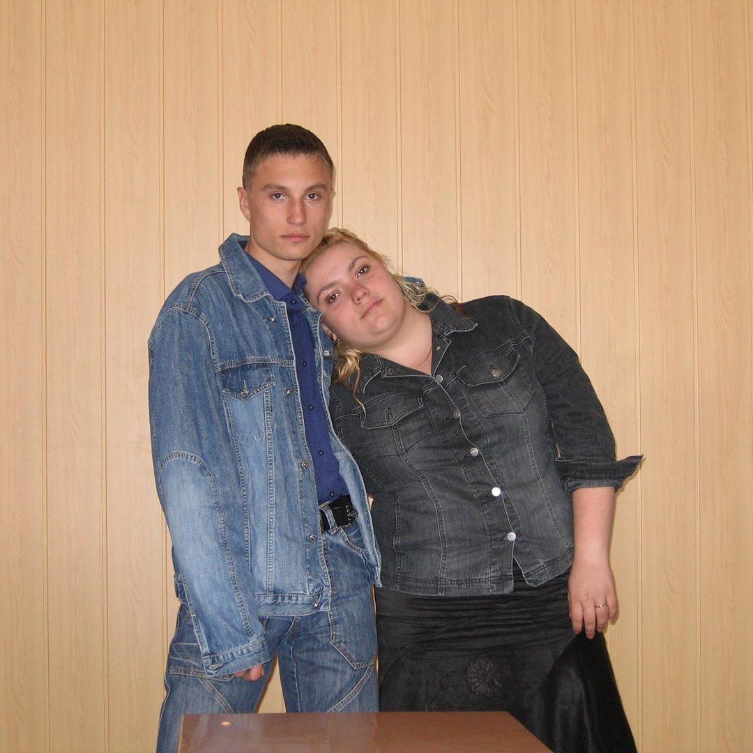 Юлия Фомина в 11 классе с будущим вторым мужем. (2005 год)