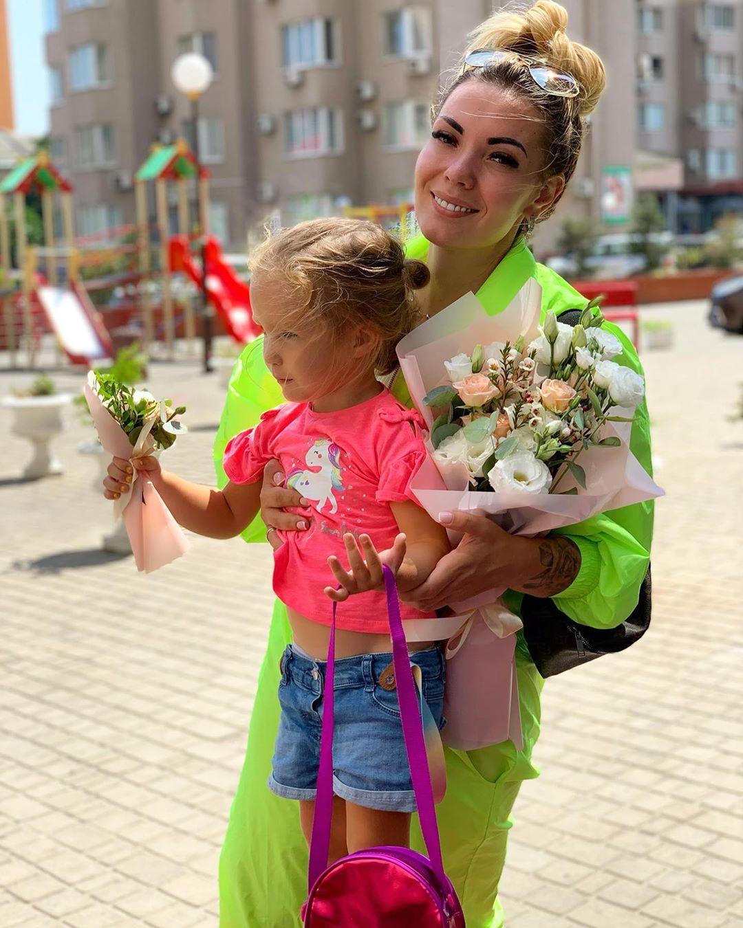 Юлия Фомина с дочерью
