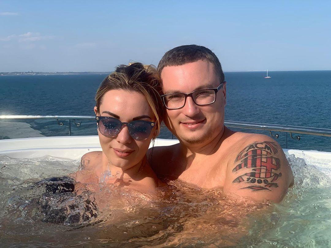 Юлия Фомина с мужем Ярославом Науменко